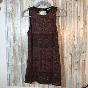 Ecote Dark Open Back Sleeveless Dress